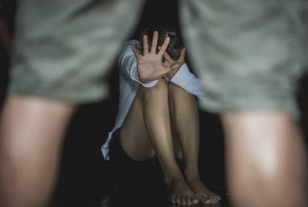23-årig mand sigtet for voldtægt af 10-årig pige