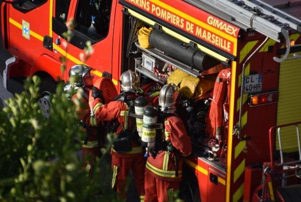 35-årig kvinde i lejlighed - pludseligt stod den i flammer