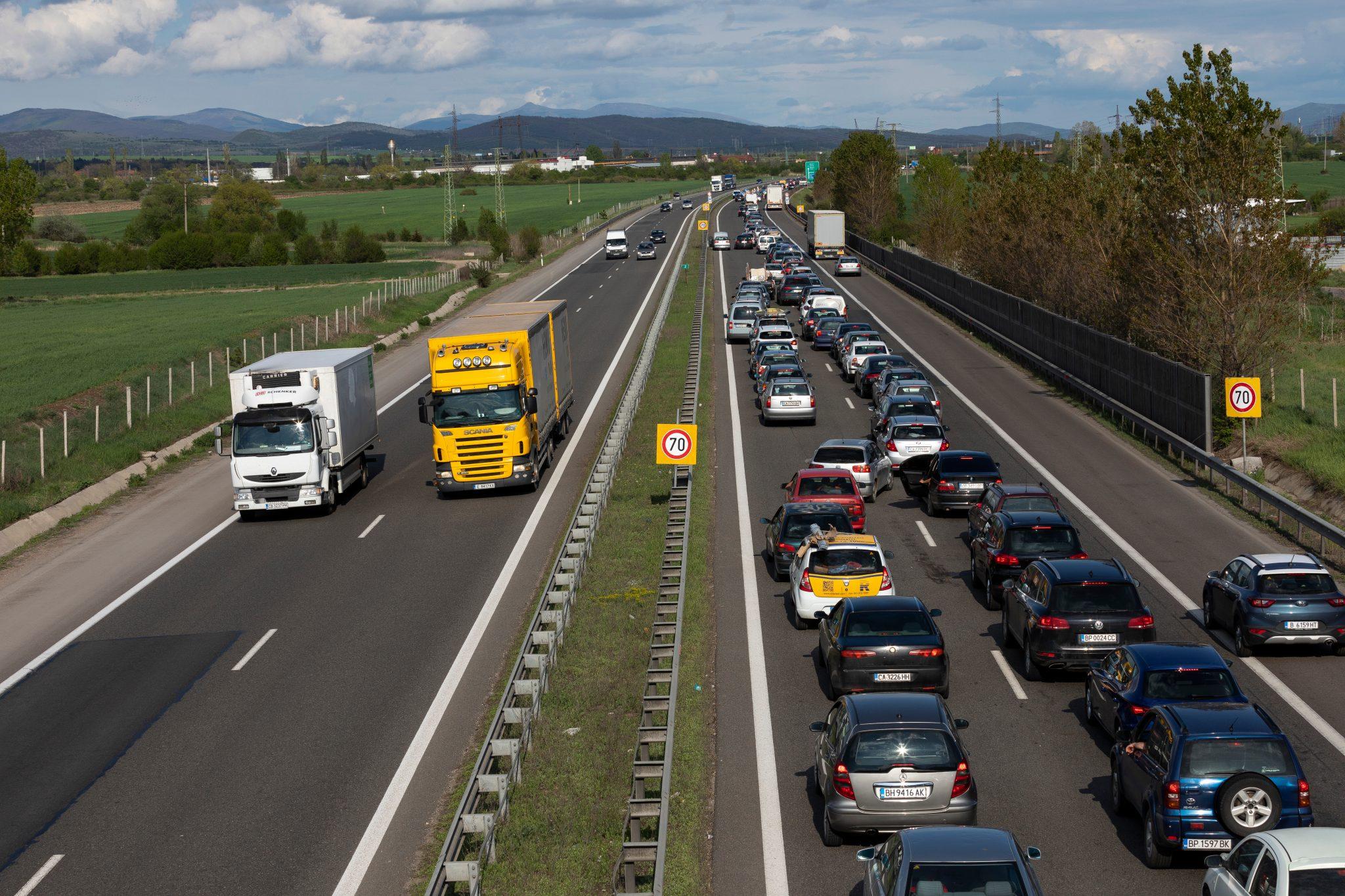 Trafikulykke på motorvej skaber kø
