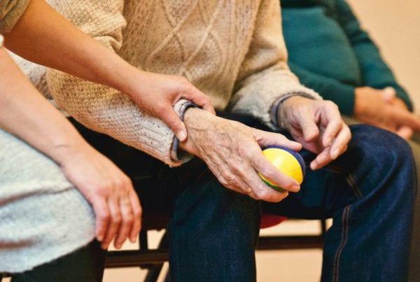 Nu er endnu en ældre på plejehjem smittet med covid-19