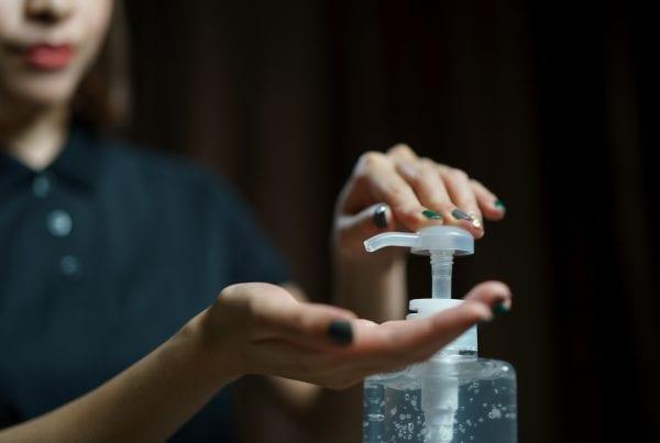 Myndighederne med opråb om brugen af håndsprit