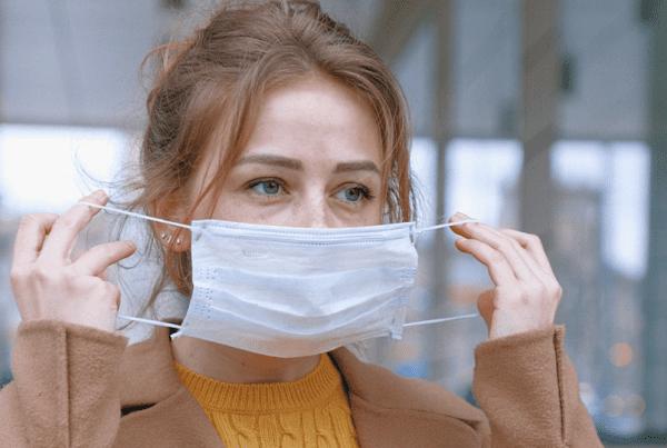 Fynsk professor efter offentliggørelse af studie: Opfordrer fortsat til brug af mundbind