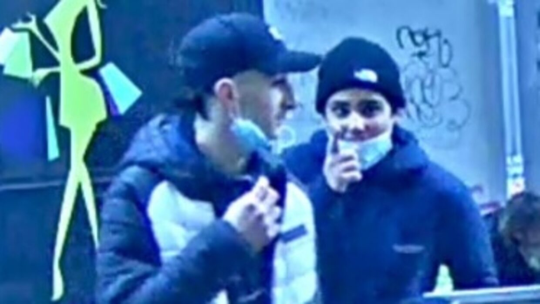 Politiet efterlyser to personer efter røveri