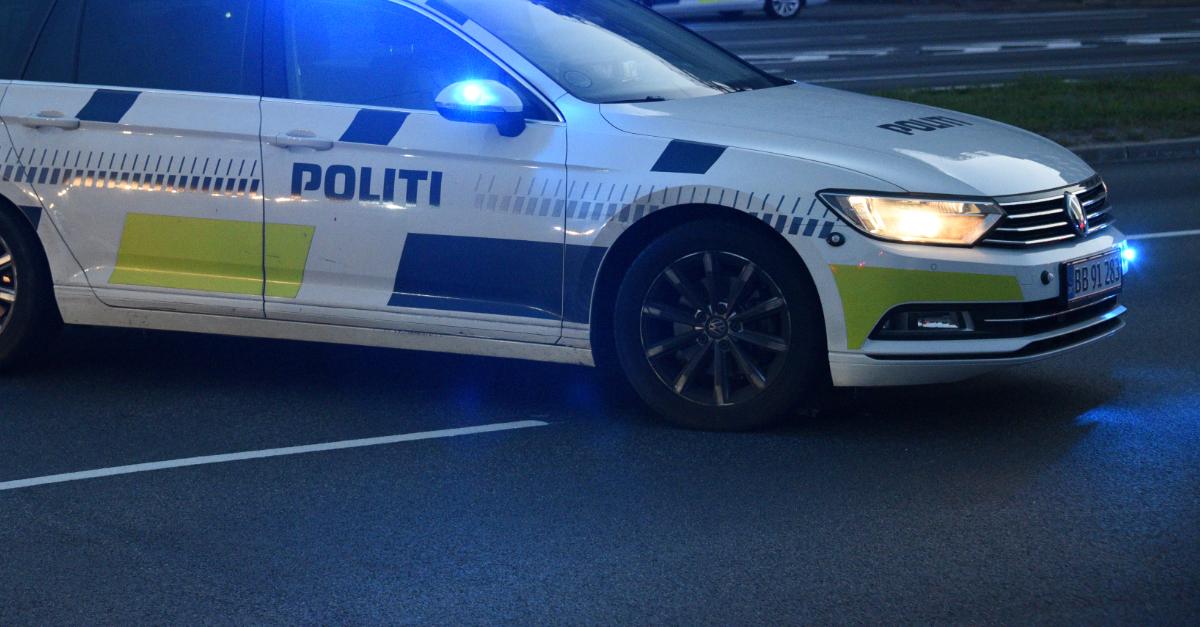 Bilist anholdt efter vanvidskørsel - påkørte patruljevogn