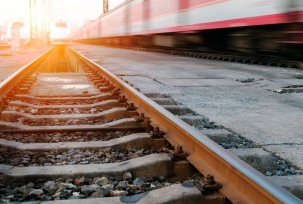 Person afgået ved døden efter påkørsel af tog